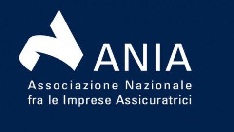 Ania: le famiglie italiane investono sempre più in assicurazioni