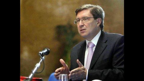 Costi politica, Commissione Giovannini si dimette