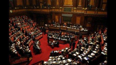 Senato: ok decreto sul lavoro, Iva e pagamenti Pa