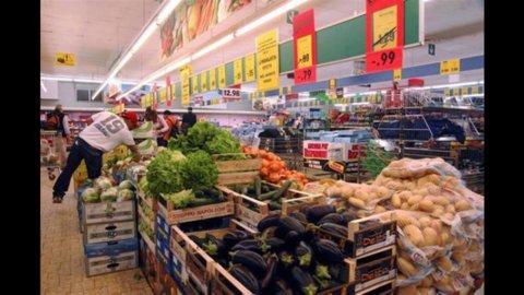 Istat: inflazione stabile ma carrello spesa al record dal 2008