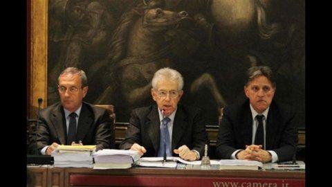 Frequenze, sì all'emendamento per l'asta: scontro fra Pdl e Governo