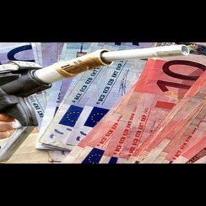 Benzina: prezzi stabili, gpl in calo