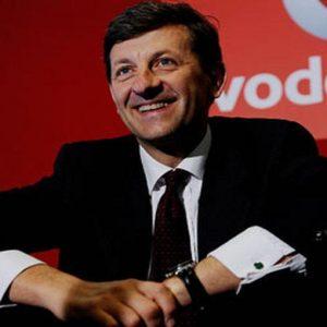 """Colao in Bocconi: """"Public company modello vincente: capitalismo diffuso e niente azionisti in Cda"""""""