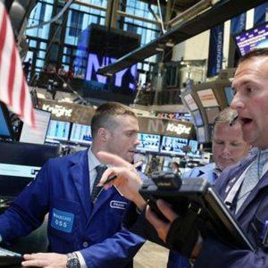 L'effetto Hollande, la crisi olandese e la pessima apertura di Wall St. mandano le Borse all'inferno