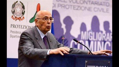 Napolitano: no al voto anticipato, prima la riforma elettorale