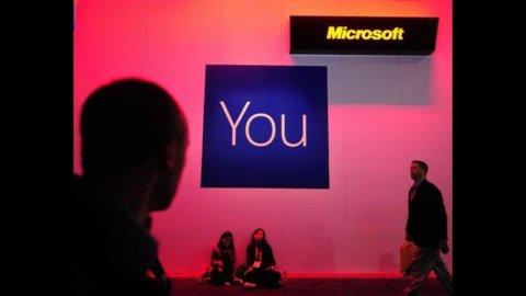 Microsoft si compra l'ebook: 300 milioni a Barnes & Noble per Nook