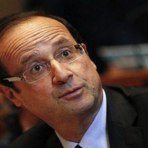 Francia, Hollande in crisi pensa al rimpasto di governo. E intanto Sarkozy medita il ritorno…