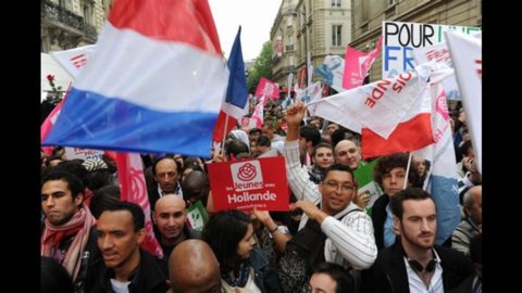 Francia, François Hollande nuovo Presidente della Repubblica. Sconfitto Sarkozy