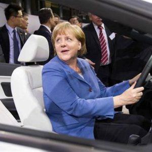 IN GERMANIA SI VOTA – Il Nord Reno non fermerà la Merkel
