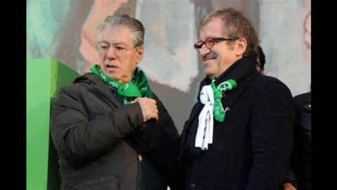 Lega, Bossi non si ricandida a segretario: via libera a Maroni