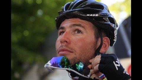 Giro d'Italia, Tris di Cavendish a Cervere prima della grandi montagne