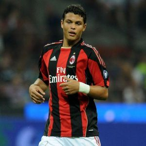 Thiago Silva è ormai un giocatore del PSG: il Milan incassa 42 milioni ma è un addio amaro