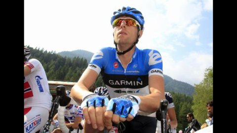 La crono a Milano consegna il Giro d'Italia al canadese Hesjedal