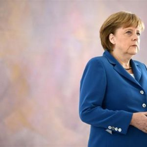 "Angela Merkel: ""Troppa sfiducia in eurozona"""