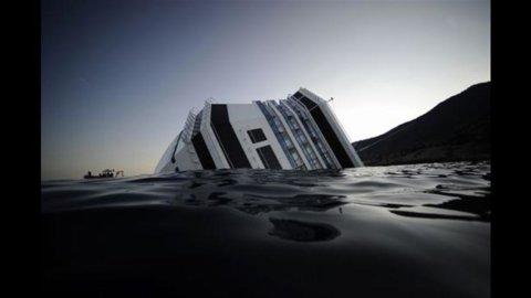 Concordia: alla Costa danni per 15mln