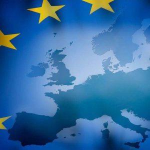 Eurozona, l'origine della crisi è istituzionale: senza un cambio di passo c'è solo il collasso