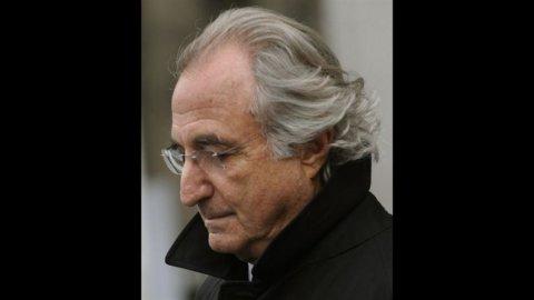 Usa, banchiere condannato a 110 anni di carcere per truffa alla Madoff