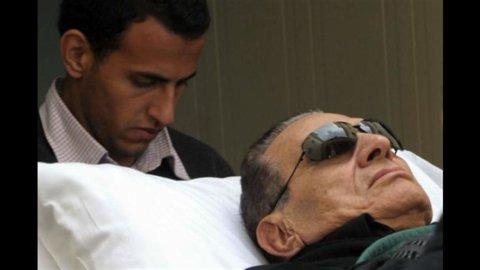 L'incertezza sulle condizioni dell'ex rais d'Egitto, Mubarak