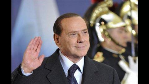 Monti chiede aiuto, Berlusconi attacca