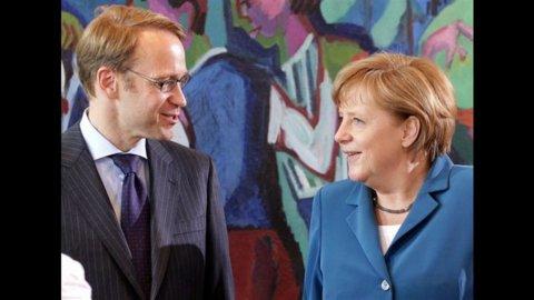 Hollande appoggia la proposta Monti per combattere la crisi