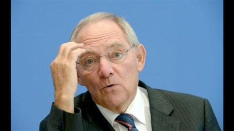 Summit Ue, la proposta Monti in campo: pro e contro lo scudo anti-spread