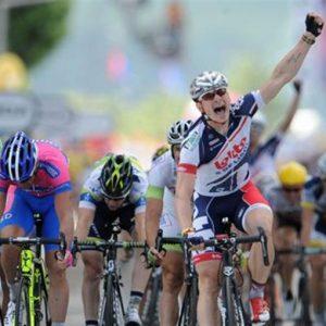 Ciclismo, oggi è il giorno del Giro delle Fiandre: favoriti Sagan e Cancellara