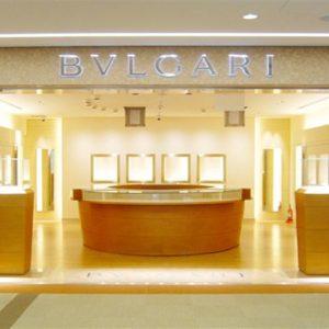 Bulgari accusata di aver nascosto 3 miliardi di euro al Fisco: maxi sequestro da 46 milioni