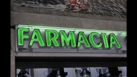 Spending review, oggi sciopero farmacie