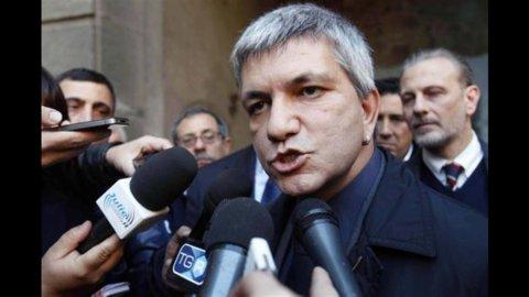 Vendola smentisce apertura a Casini dopo la reazione negativa della Rete