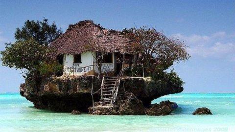 Vacanze, ecco una fotogallery dei luoghi più suggestivi del mondo