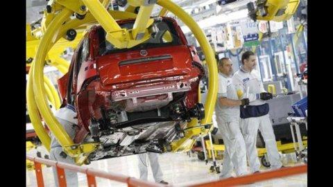 Istat, crolla la produzione industriale a giugno -8,2%