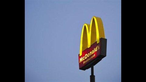 McDonalds: utili su dell'1% nel IV trimestre, fatturato +2%
