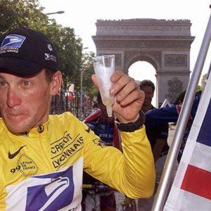 Ciclismo e doping, Armstrong confessa da Oprah Winfrey… ma non del tutto
