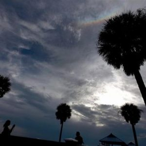Usa, il ciclone Isaac vicino alla Lousiana, come Katrina, e il prezzo del petrolio sale
