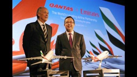 Qantas si allea con Emirates per collegare l'Australia all'Europa