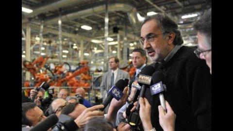 """Per Marchionne """"la Fiat non lascia l'Italia"""", Diego Della Valle sale in Rcs. Milano inizia male"""