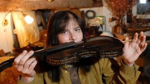 Da Firenze un violino per Barack Obama: è uno Stradivari consegnato il 18 settembre scorso