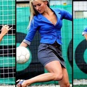 Per la prima volta una squadra di calcio sarà allenata da una donna: la bella croata Tihana Nemcic