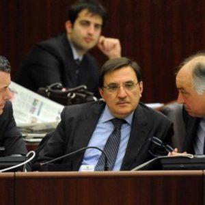 Regione Lombardia, arrestato l'assessore Pdl Domenico Zambetti: soldi alle cosche in cambio di voti
