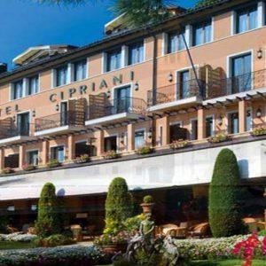 Orient Express Hotels: il gruppo Tata e il fondo Charme lanciano un'Opa da 1,3 miliardi