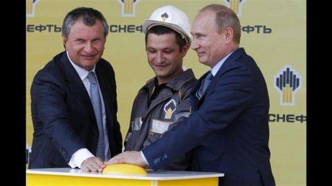 Rosneft: volano gli utili, grazie al rublo forte