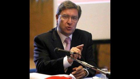 """Istat, Giovannini: """"Segnali positivi, ma attenzione al risparmio"""""""