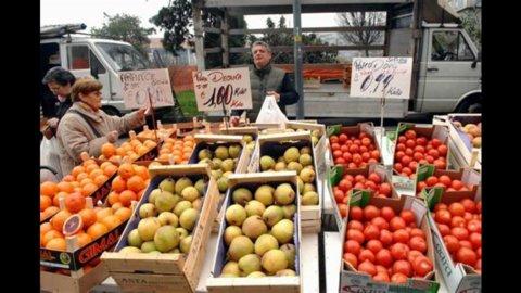 Istat, inflazione dicembre frena ancora: 2,3%
