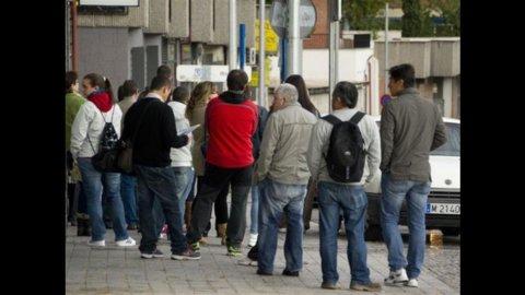 Usa: tasso disoccupazione sale al 7,9%, ma è boom per i nuovi posti lavoro