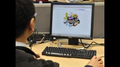 Un giovane smanettone web come tutor di ogni piccola impresa per superare il digital divide