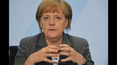 """Merkel: """"Gran Bretagna non si isoli. Necessario un accordo sul bilancio pluriennale entro novembre"""""""