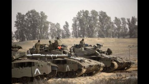 Israele-Hamas, nessuna tregua: continuano raid e bombardamenti