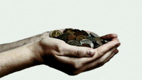 Fondi: frena la raccolta, ma patrimonio record