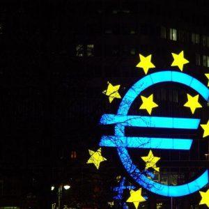 Italiani: critiche all'euro, ma nessuno vuole tornare alla lira