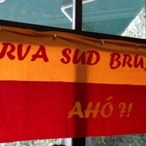 A Bruxelles tifosi di Inter, Juve e Milan sotto lo stesso tetto. E spunta un gemellaggio Roma-Napoli